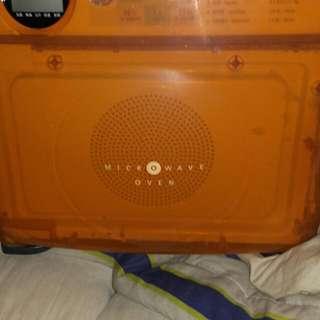 SHARP 微波爐 R-140D (W) 超可愛  賣 1 千 5百  元