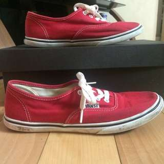 VANS THIN RED SNEAKERS WOMENS SIZE 6