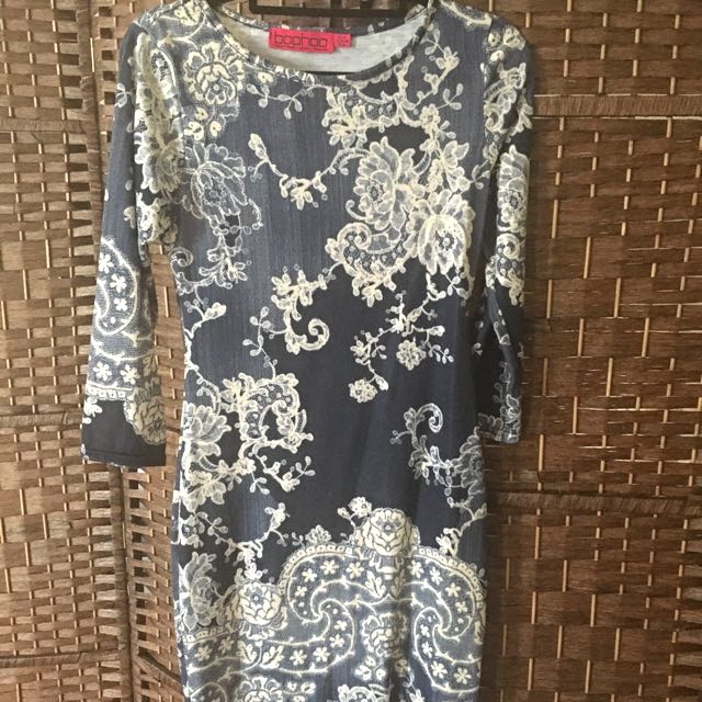 BooHoo - Lace Print Dress