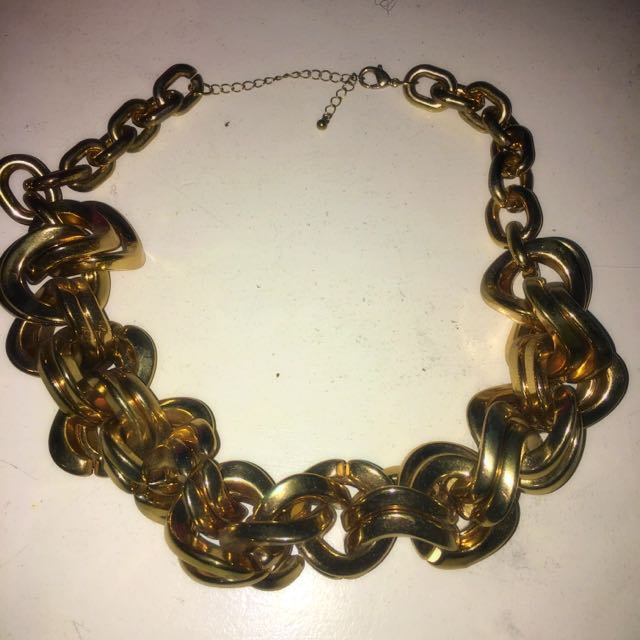 Gold Heavy Chained Necklace