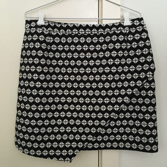 H&M skirt size 14