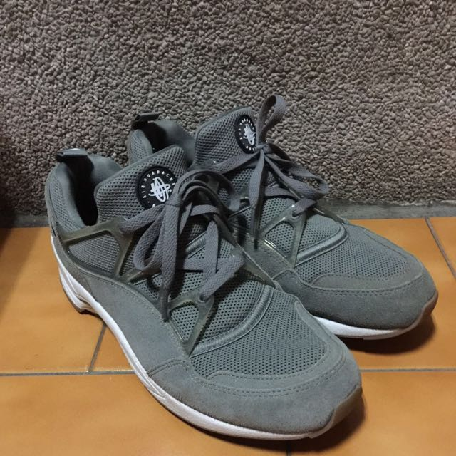 Nike Air Huarache Light 灰 武士