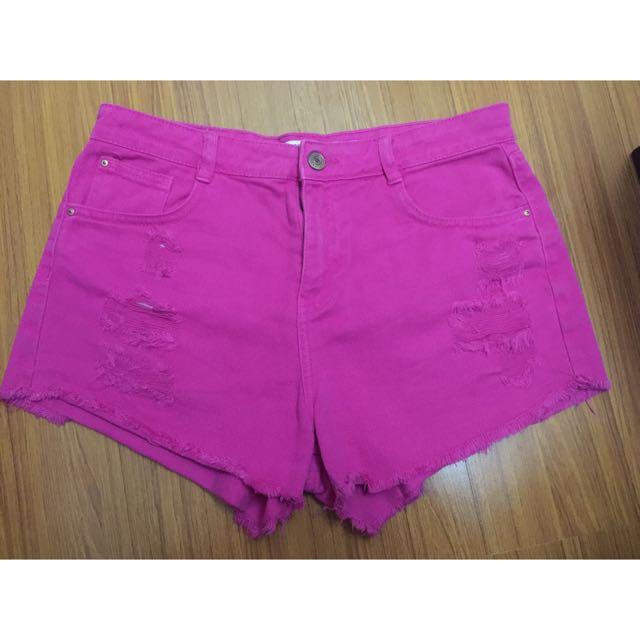 Zara 刷破高腰設計短褲