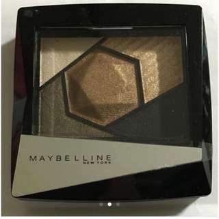 maybelline  鎂光燈3D立體眼影盤(已保留)