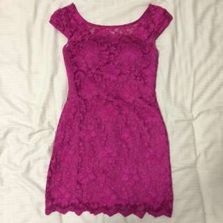 Mini Lace Dress In Magenta Size 6