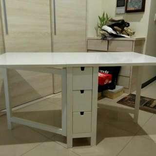 Ikea多功能折疊桌,可當書桌,餐桌,工作桌