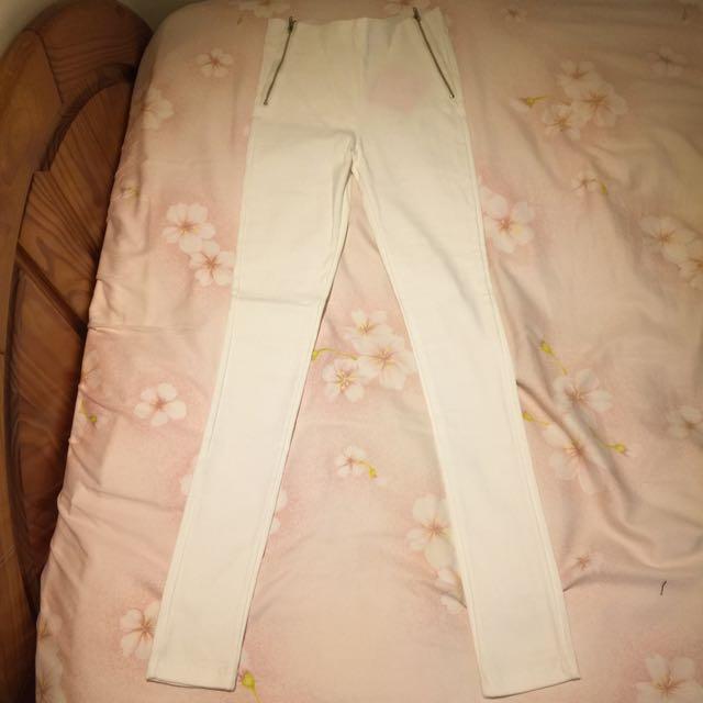 (全新未剪標)白色顯瘦緊身褲