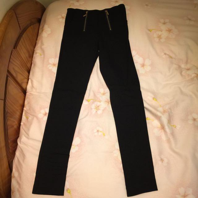 黑色顯瘦緊身褲
