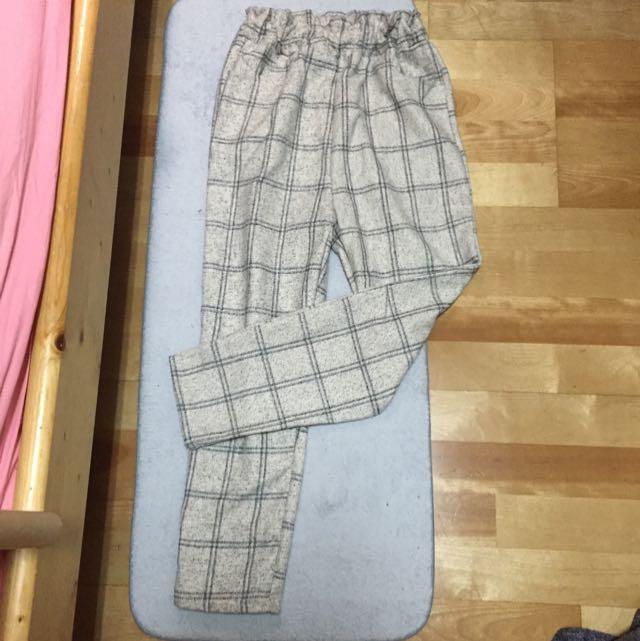 米白色格紋褲