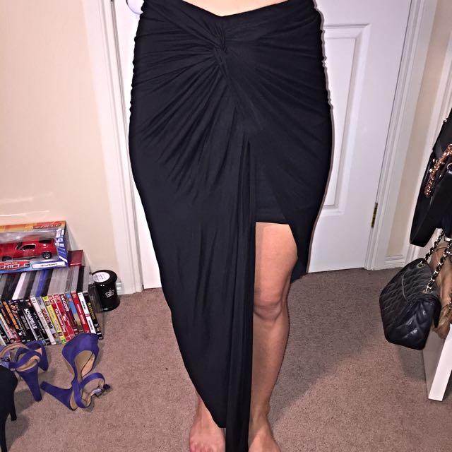 Bardot Skirt Size 6-8