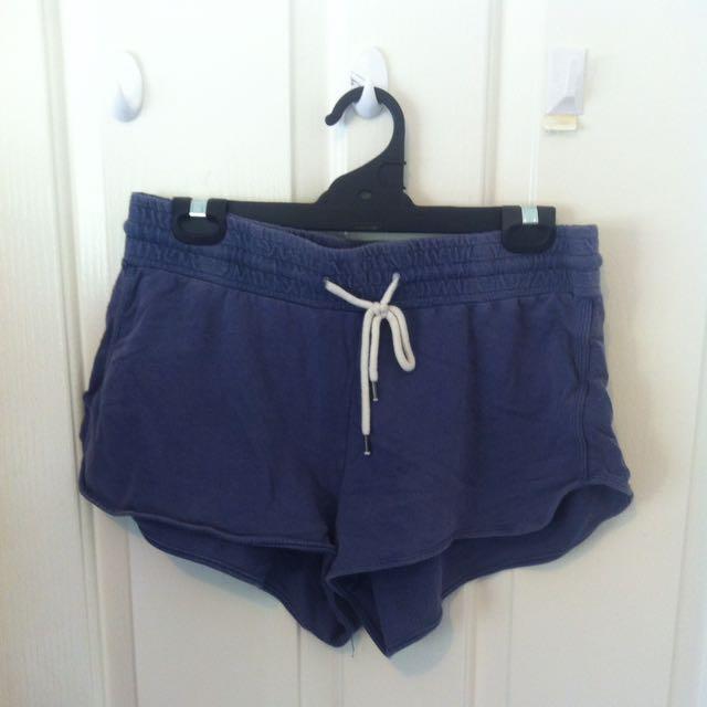 Booty Shorts 🍑