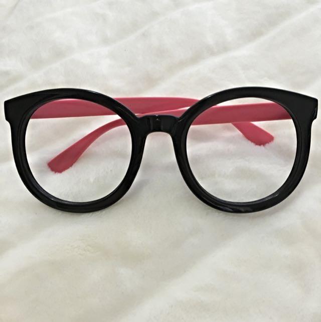 Cute Pink Black Frame