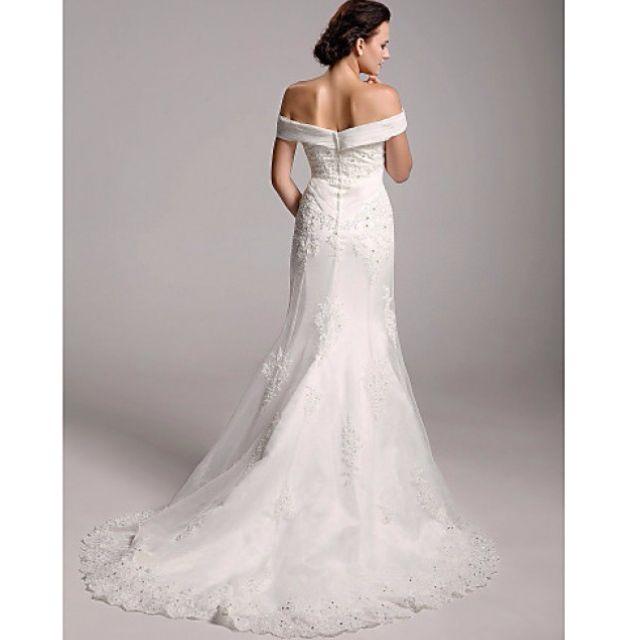 Trumpet/Mermaid Off-the-Shoulder Wedding Dress