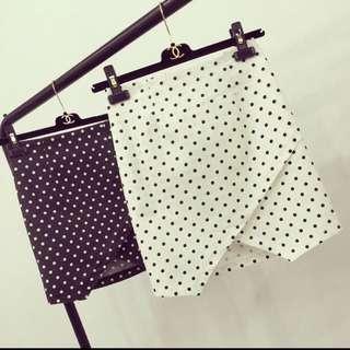 不規則點點短裙(2色)
