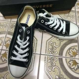 全新Converse 黑色23.5