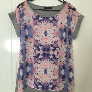 Size 8 T-shirt Ally
