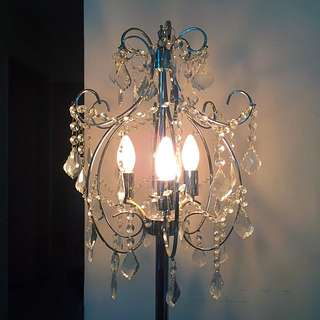Stand chandelier
