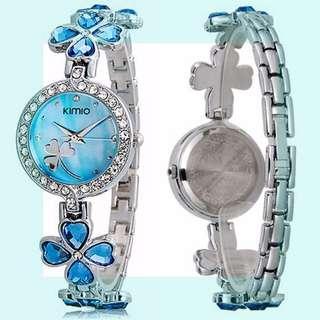 *Gift Box* Elegant Analog Watch with Clover Design Strap