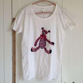 韓國製 紅藍色毛線泰迪熊蝴蝶結刺繡白色短袖上衣T-shirt