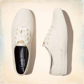 Hollister Keds Champion Lace Sneakers Size 11
