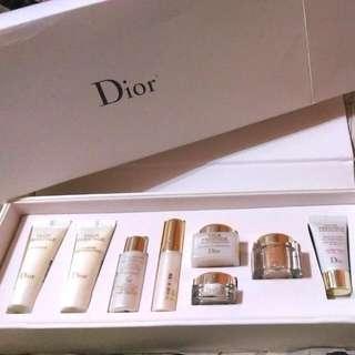 Dior精萃再生花蜜淨白旅行組