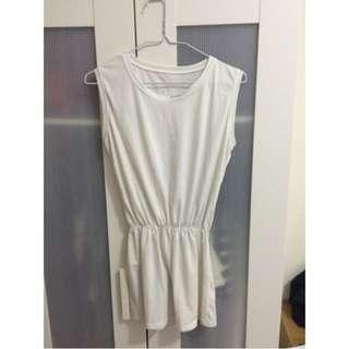 全新🆕降價賣‼白色顯瘦縮腰洋裝