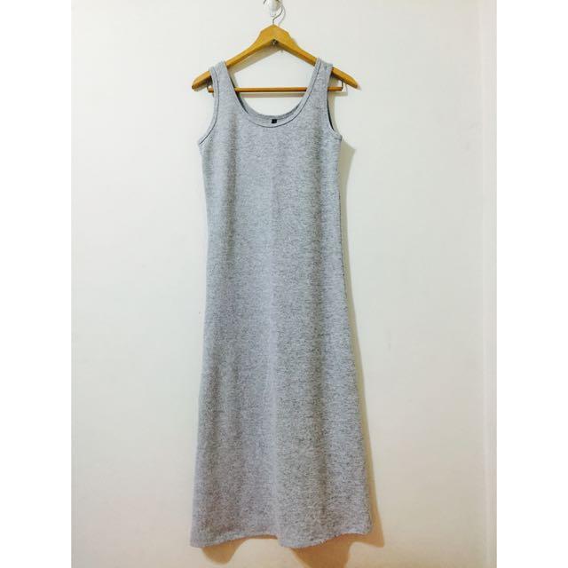 無袖灰色長洋裝