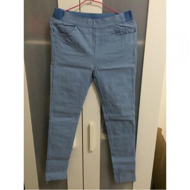 降價隨便賣🉐🉐淺藍彈性顯瘦褲