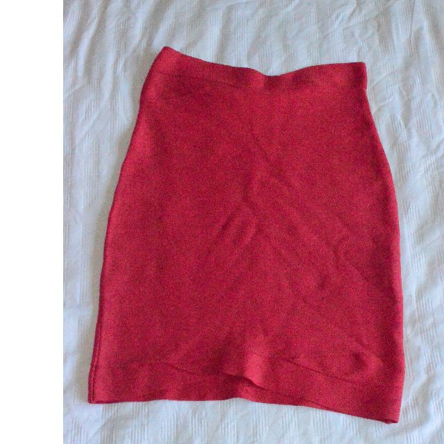 BCBG Max Azria Red Bodycon Skirt - Size Small