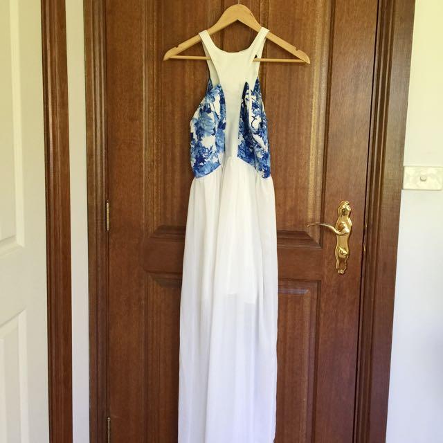 Beautiful Formal Dress Size S-M