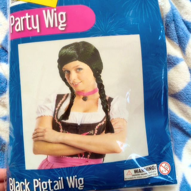 Black Pig Tail Wig