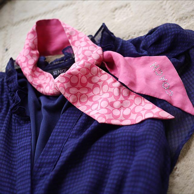 coach正品桃紅色蠶絲領巾