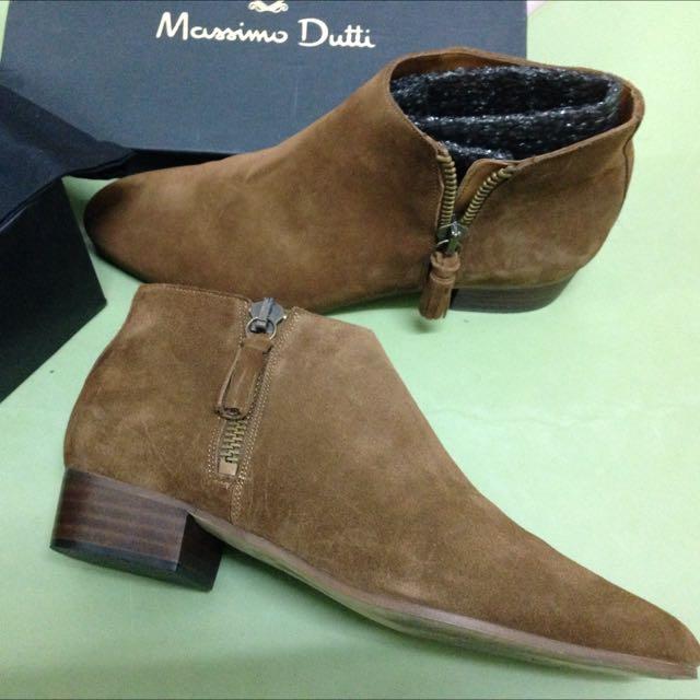 Massimo Dutti真皮尖頭流蘇短靴