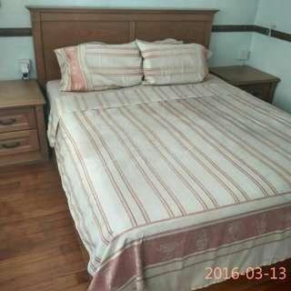 Quick Sale Bedroom Set