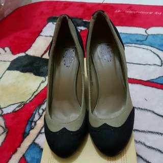 Sepatu Wedges