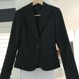 Cue Jacket