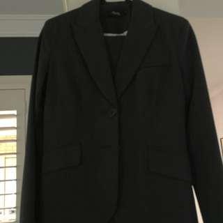 Max Suit