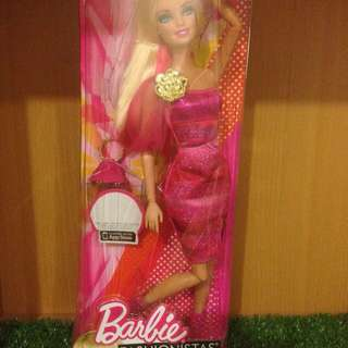 Barbie Fashionistas Fully Articulated Doll