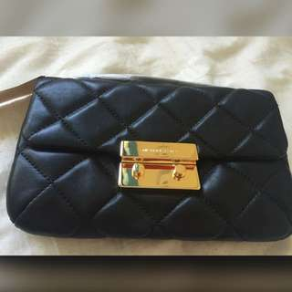 BNWT Michael Kors Clutch