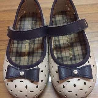 金安德森娃娃鞋
