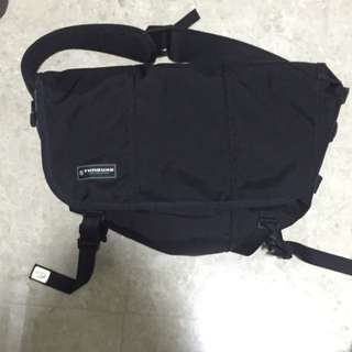 Pre Loved Almost Brand New Timbuk2 Classic Messenger Bag