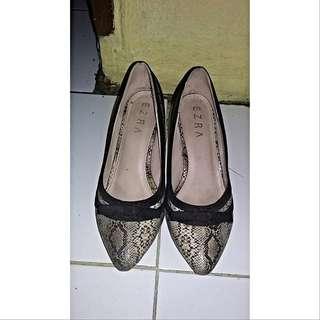 Ezra Shoes By Zalora