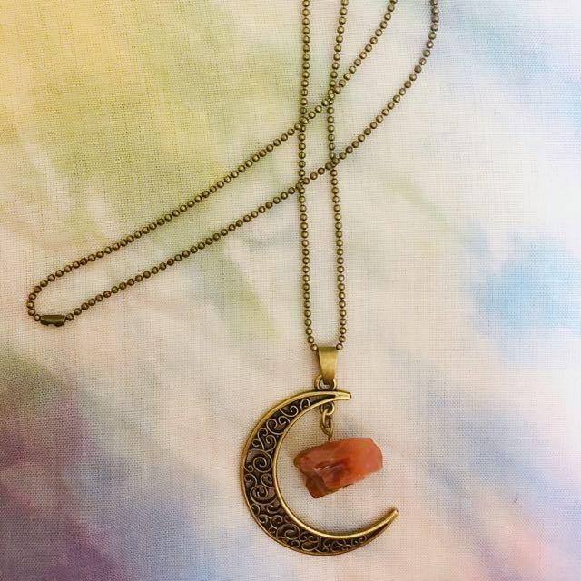 月亮琥珀色寶石項鍊
