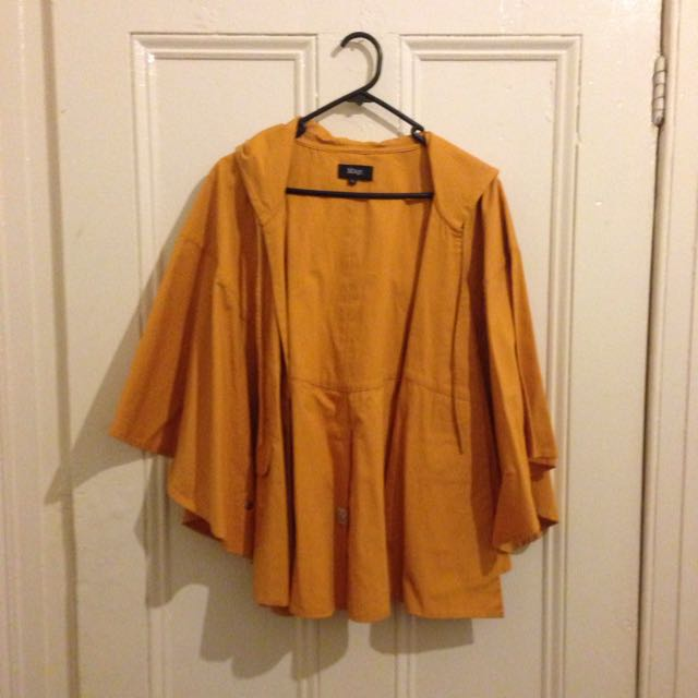 May Poncho Size 6