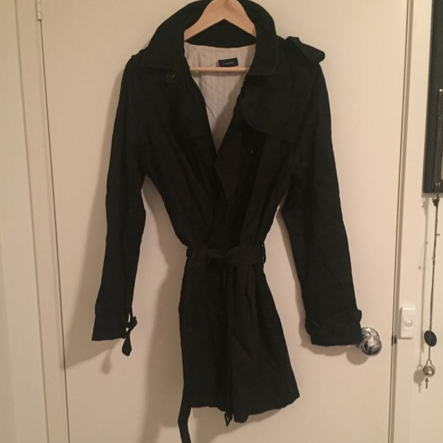 WITCHERY Black Trench Size 12