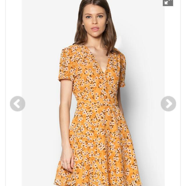 Zalora裹飾洋裝