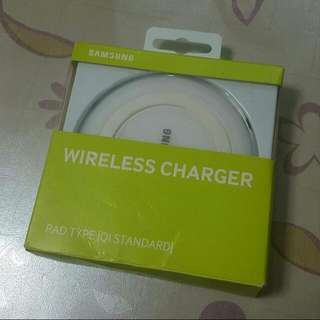 [Sold] Original Samsung Qi Wireless Charger