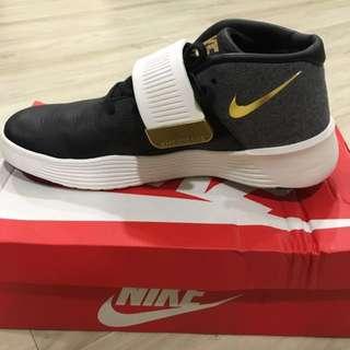 Nike Ultra XT PRM SB50