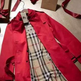 New Burberry Lady Coat