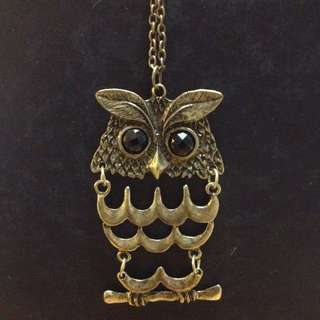 Owl necklace with black jewelled eyes